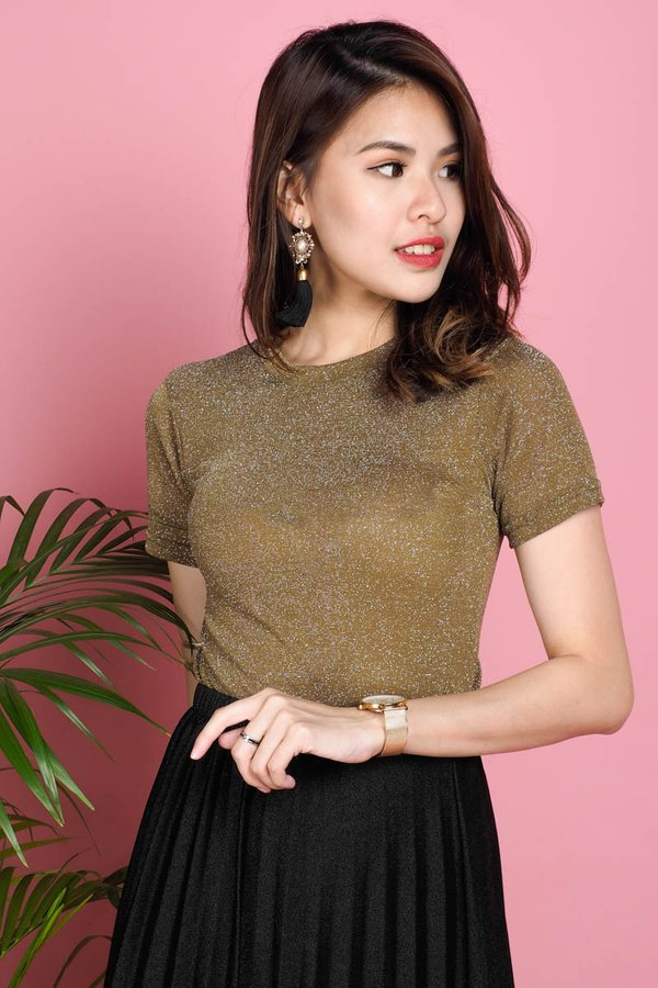 Sarona Shimmery Top in Olive