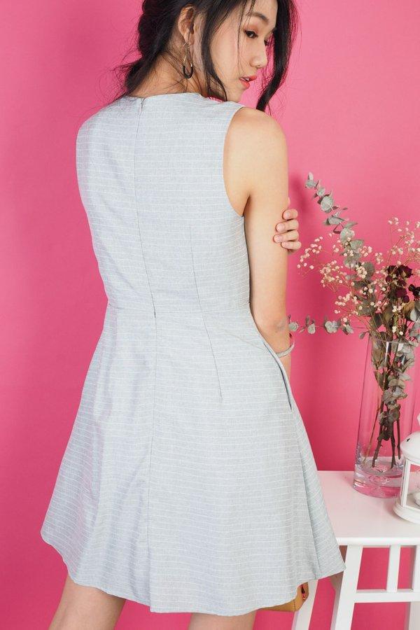 Shelia Overlap Stripes Dress in Grey [S]