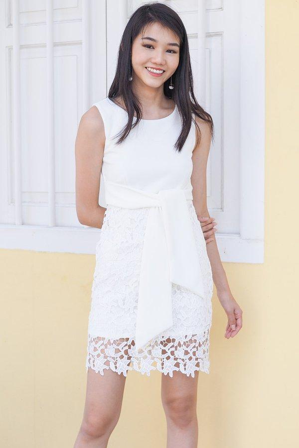 BACK IN STOCK - MADEBY3INUTE - Jaylene Tie Wrap Crochet Dress in White