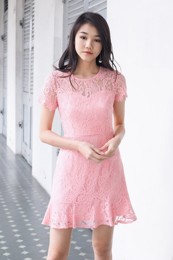 EXCLUSIVE - Darina Sleeved Trumpet Lace Dress in Pink