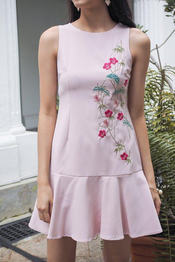 Javiera Embroidery Dropwaist Dress in Pink [XS]