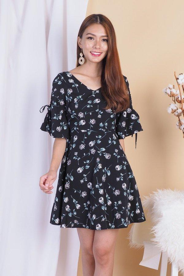 Eva Graceful Floral Dress in Black Rose [XS]