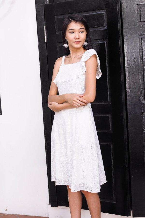 Blaze Romance Eyelet Midi Dress in White [L]