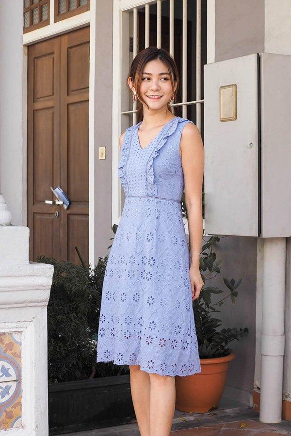 BACK IN STOCK Bernice Eyelet Panel Midi Dress in Lavender [S]