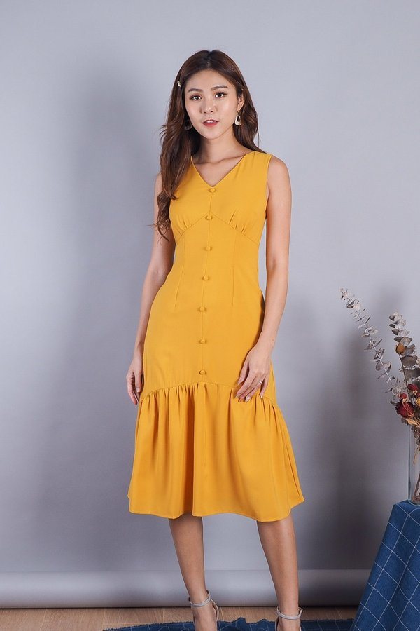 Jacquotte Buttons Midi Dress in Mustard [XS/L]