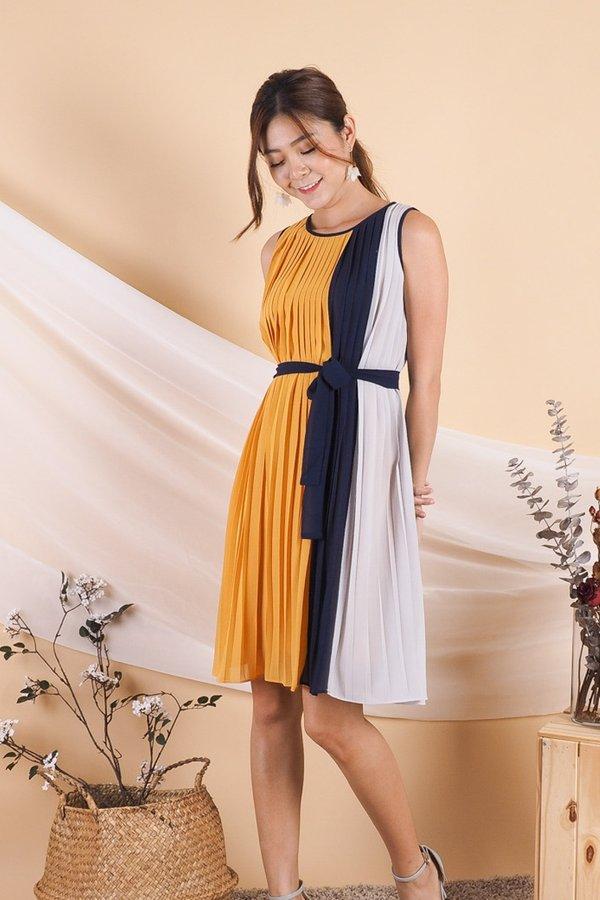 Primrose Colourblock Pleated Trapeze Dress in Mustard/Grey