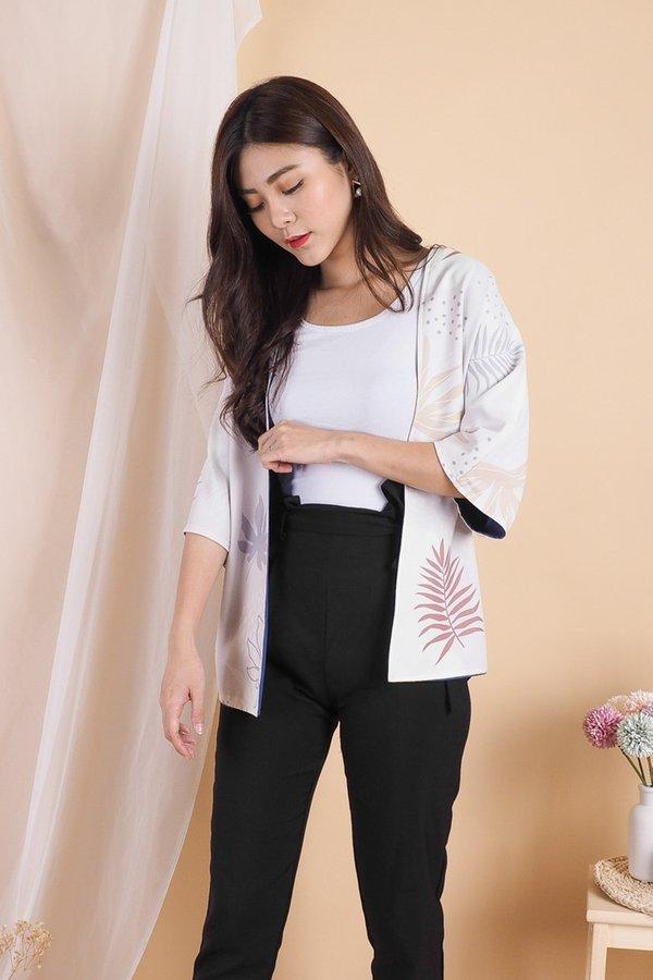 Ayumi Reversible Kimono Outerwear in Cream Tropical/Blue [M]
