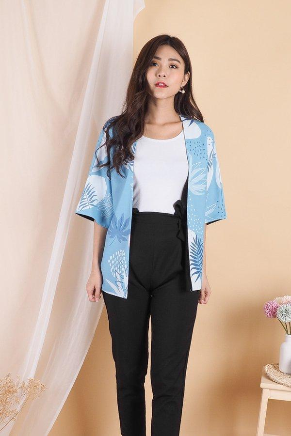 Ayumi Reversible Kimono Outerwear in Blue Tropical/Black