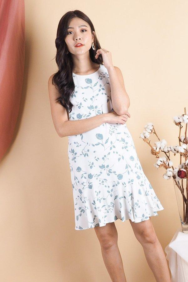 Caeley Floral Wave Hem Dress in Sage