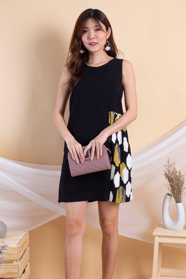 Eeva Side Pleat Shift Dress in Black