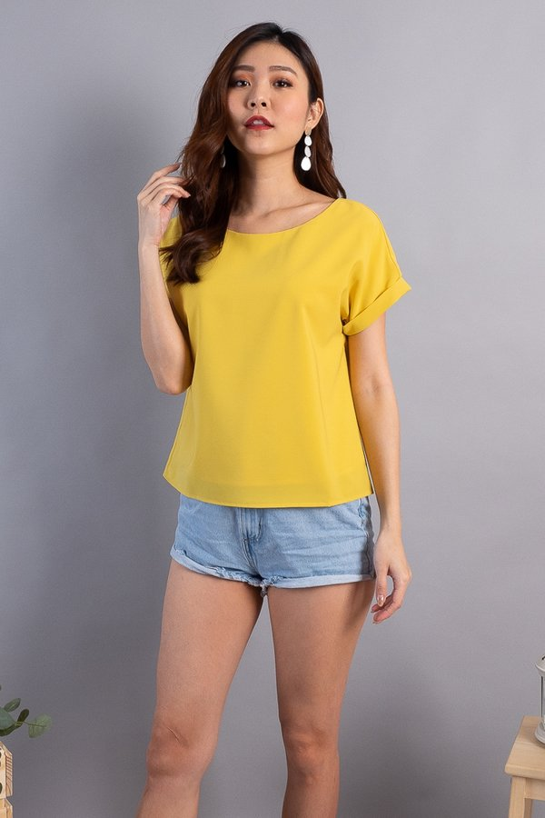 Eve Everyday Cuff Sleeved Top in Yellow