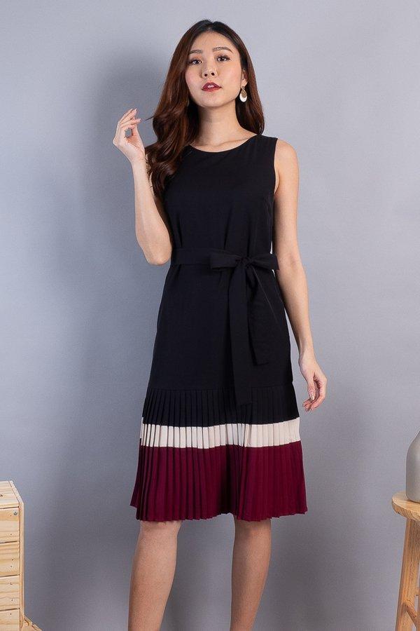 Letty Colourblock Pleated Hem Dress in Black