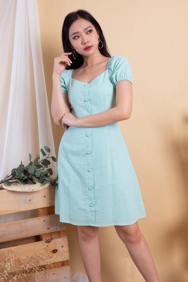 Elva 2-Way Buttons Down Dress in Mint