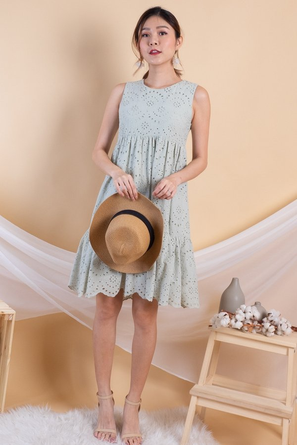 Claire Eyelet Babydoll Dress in Sage [L/XL]