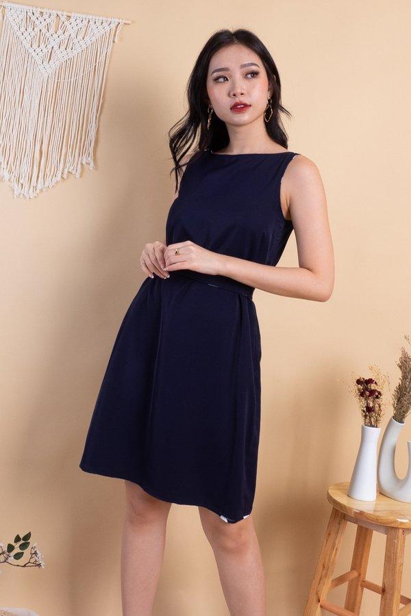 Janasha 4 Way Reversible Dress in Black Polka/Navy