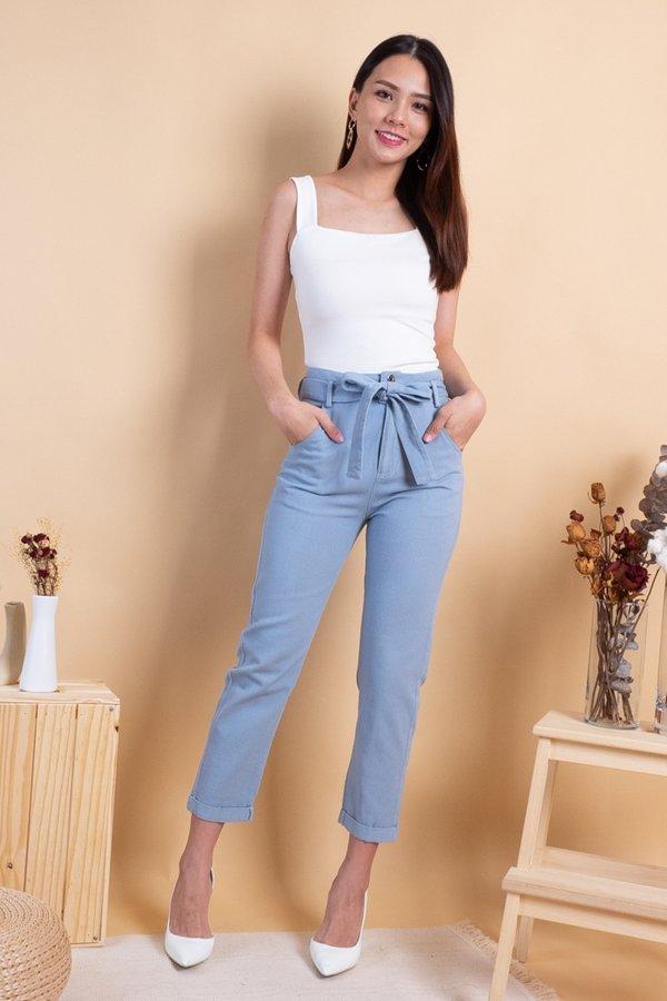 Jordan High Waist Cuffed Jeans in Light Wash [L]