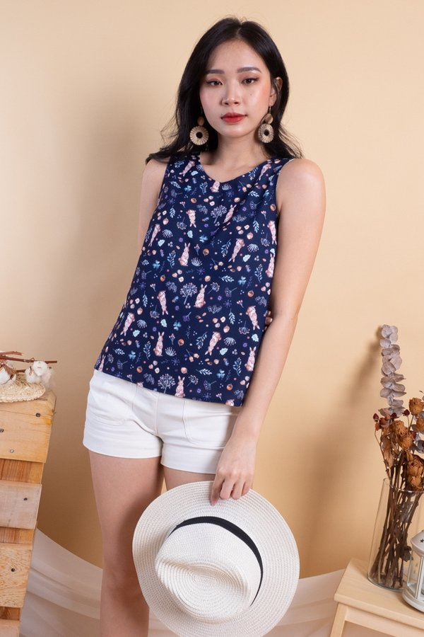 BACK IN STOCK Edme Reversible Top in Navy Bunny/Yellow Gingham [XS]