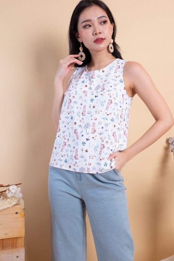 BACK IN STOCK Edme Reversible Top in White Bunny/Sage Gingham