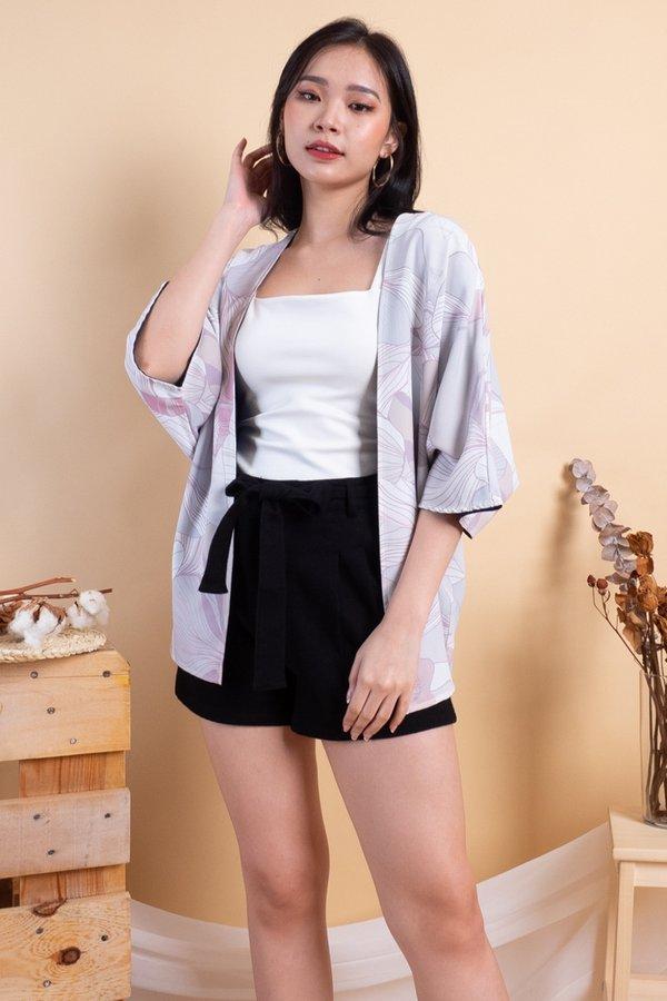 Karu Reversible Kimono Outerwear in Pink [XS]