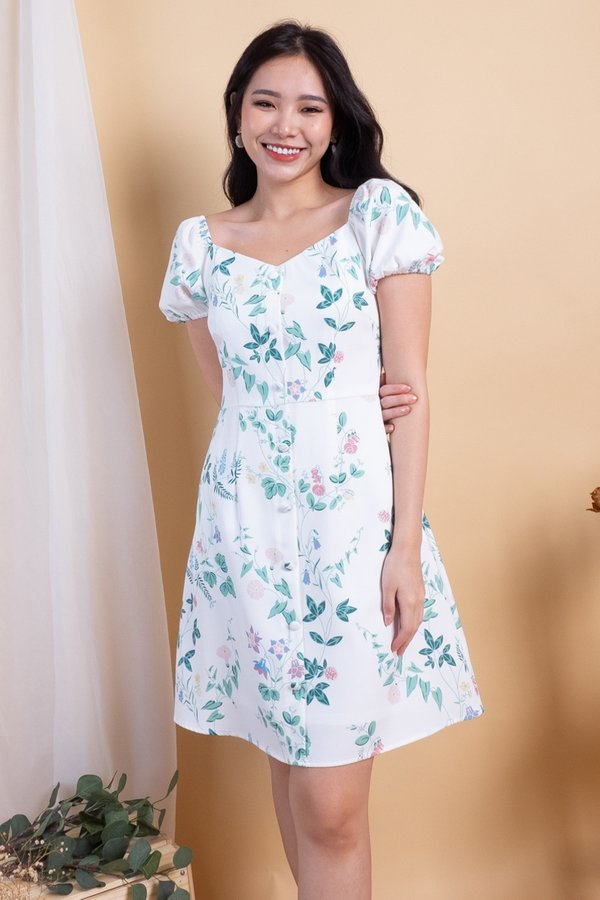 Elva 2-Way Buttons Down Dress in White Floral [XS]