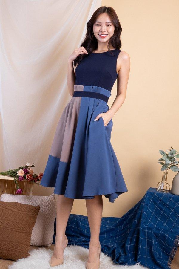 Kaycee Paperbag Colourblock Dress in Navy [M]