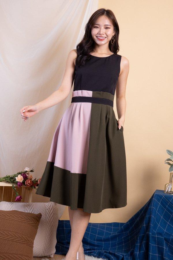 Kaycee Paperbag Colourblock Dress in Black [M]
