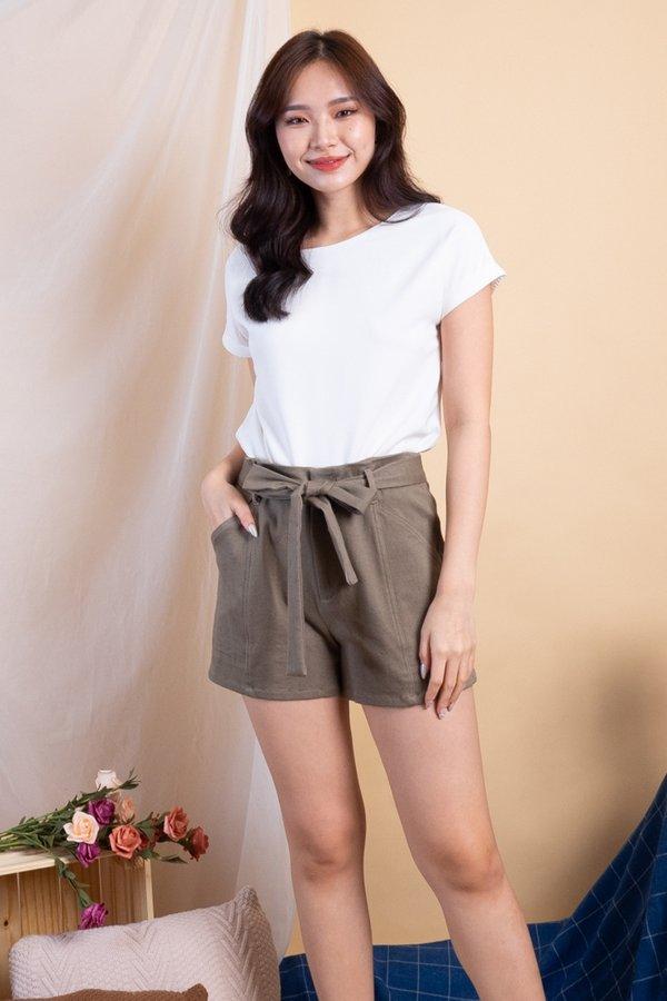 Harper Shorts in Khaki