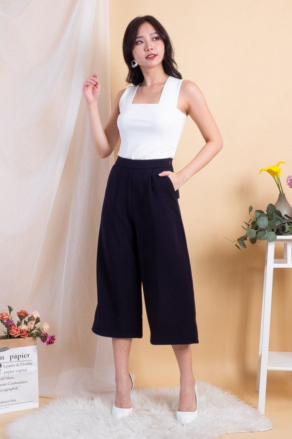 Piper Basic Culottes Pants in Midnight Navy