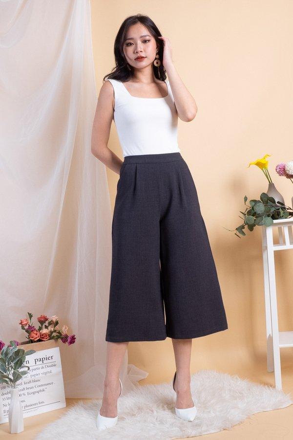 Piper Basic Culottes Pants in Dark Grey