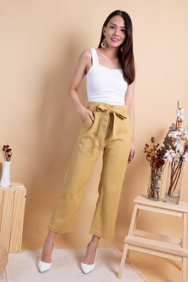 Aden Paperbag Denim Jeans in Camel