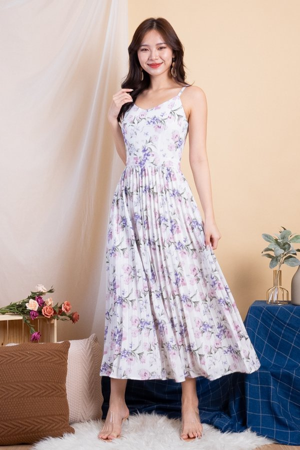 Maheera Pleated Maxi Dress in White Florals