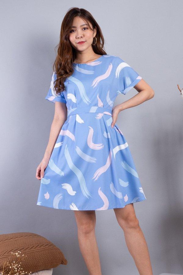 Aderyn Cuff Sleeved Dress in Sky Strokes