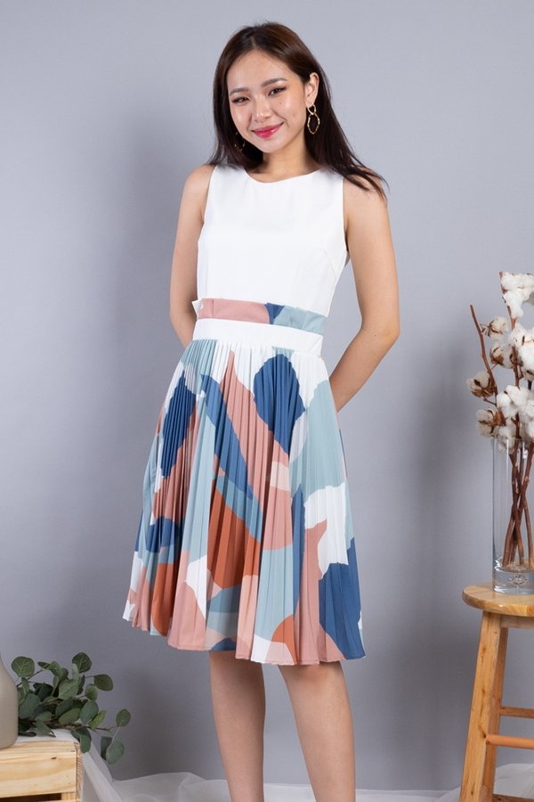 Mahola Paperbag Pleated Dress in White