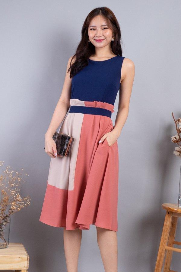 Kaysha Colourblock Paperbag Dress in Navy