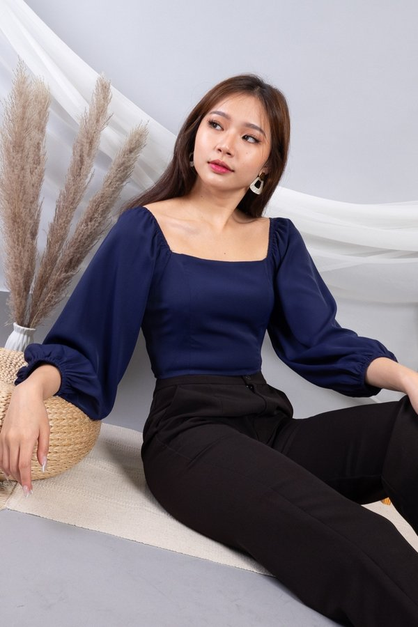 MADEBY3INUTE - Cheree Aladdin Sleeves Cropped Top in Navy