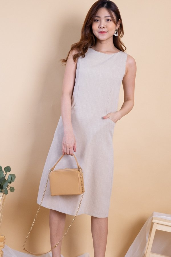 Latina Duo-Pockets Panel Dress in Sand