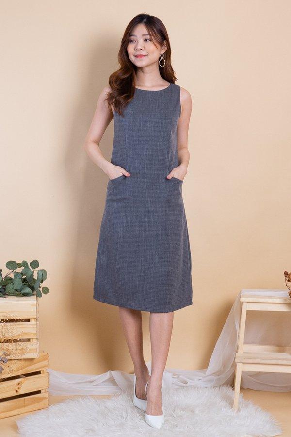 Latina Duo-Pockets Panel Dress in Dark Grey
