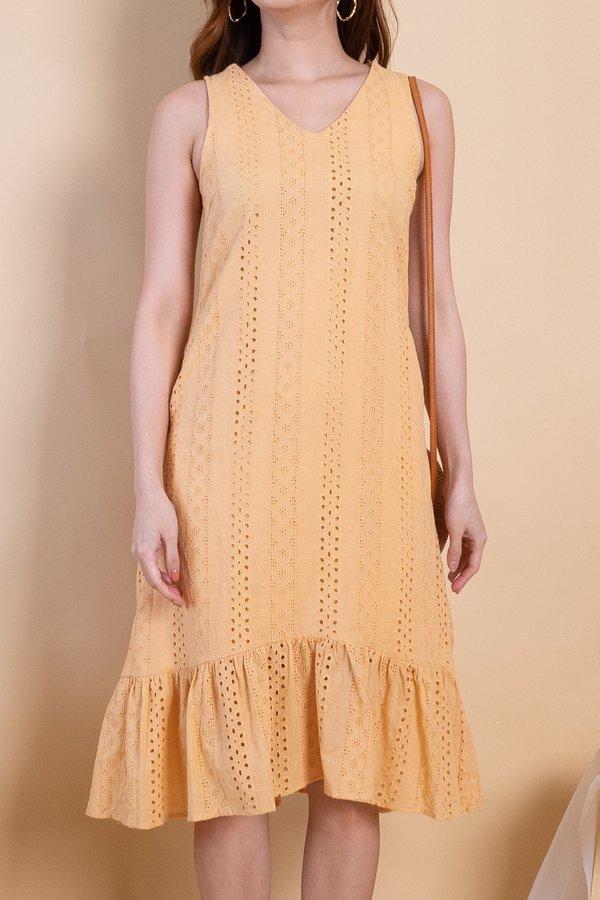 Ryoko Eyelet Hi-Lo Hem Dress in Mango