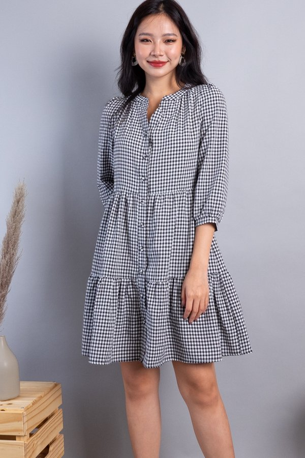 Maude Buttons Down Tiered Dress in Black Checks