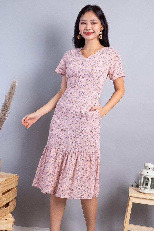 Daphne Buttons Down Mermaid Hem Dress in Pink Florals