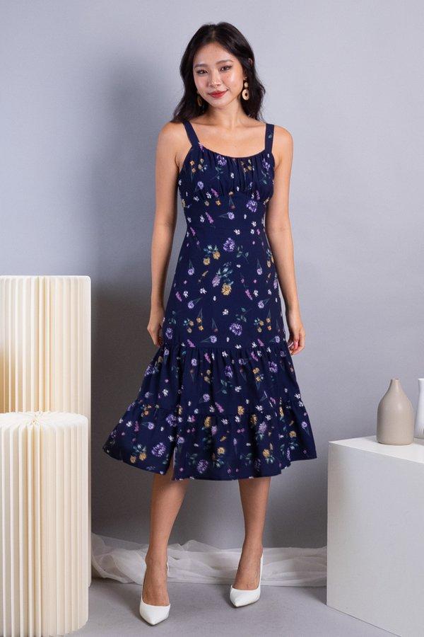 Wynda Ruched 2 Tiered Midi Dress in Navy Florals