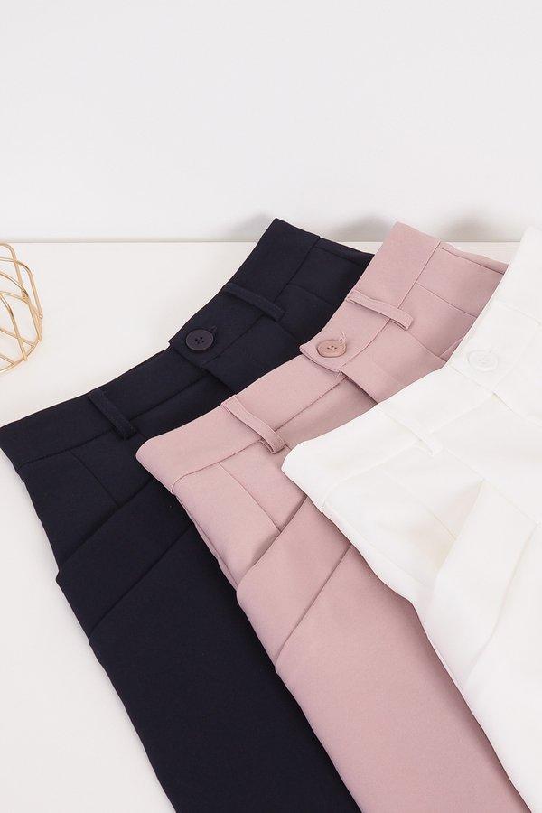 Kaden Double Pockets Shorts in Dust Pink