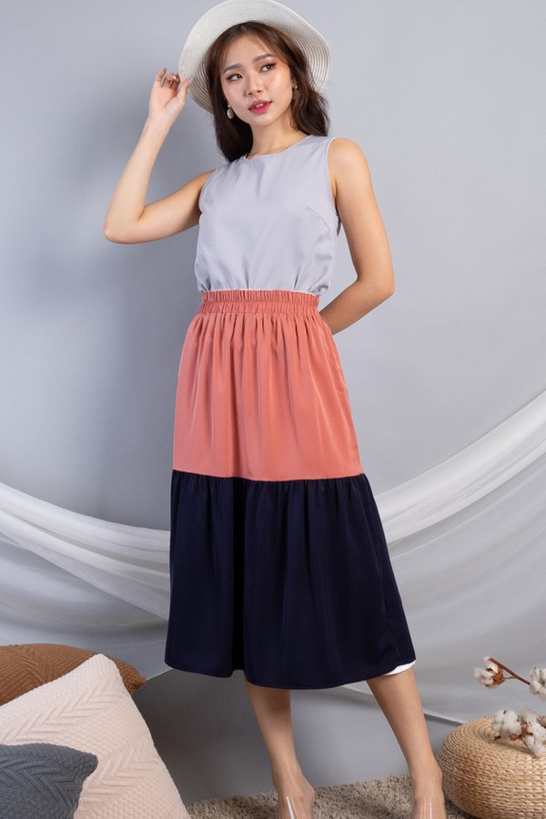 Benella Reversible Skirt in White/Coral Red
