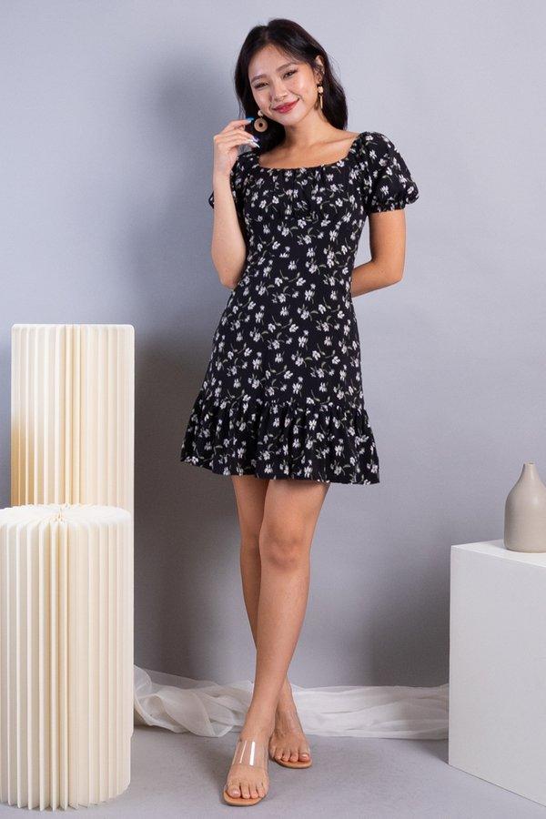 Odila 2-Way Ruched Ruffles Dress in Black Florals