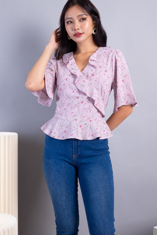 Elsha Ruffles Sleeved Top in Lilac Florals