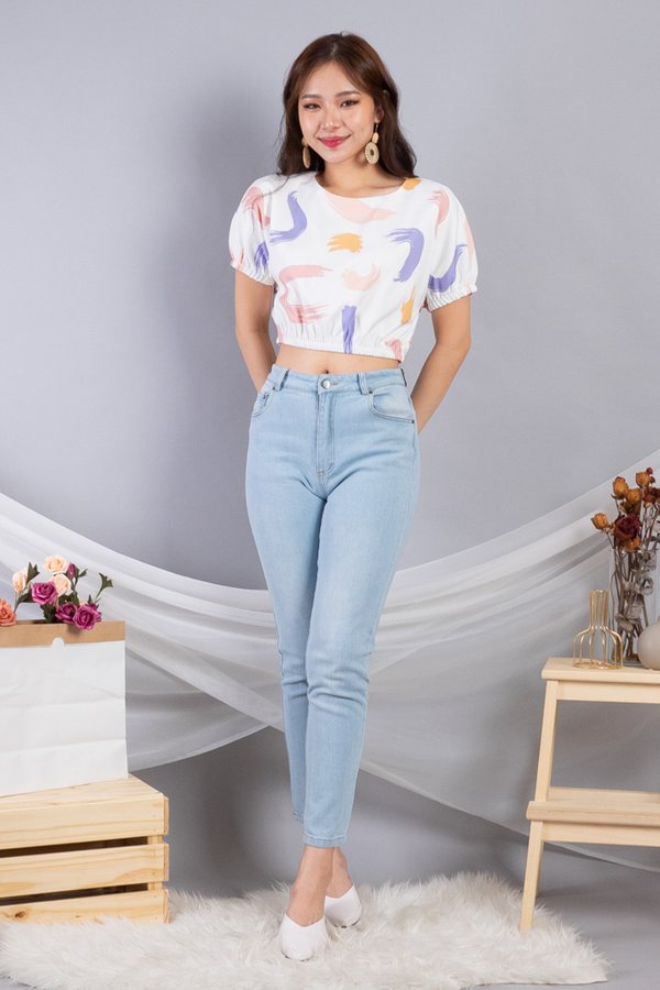 Fena Sleeved Top in White Abstract