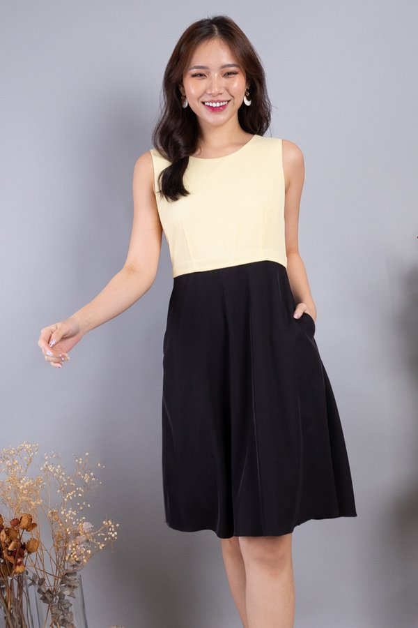 Lera Colourblock Convertible Skater Dress in Yellow/Black